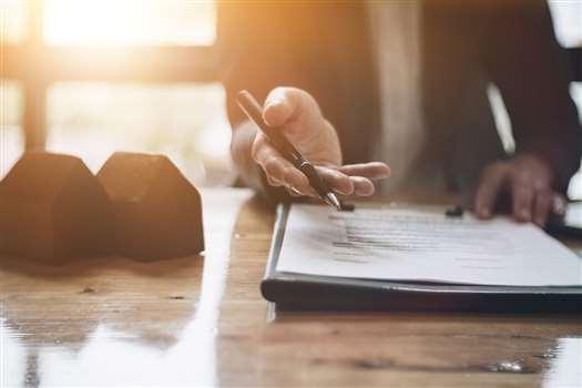 Zakaz konkurencji w trakcie i po ustaniu stosunku pracy – kompendium wiedzy
