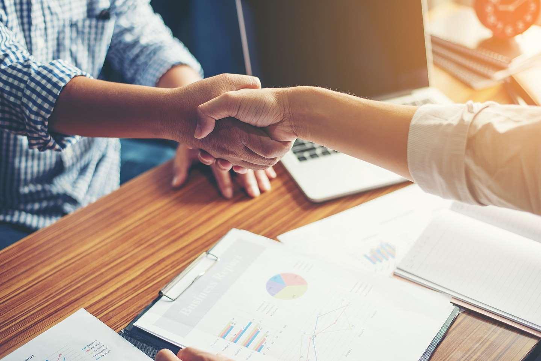 Czym jest umowa zlecenie? Wzór