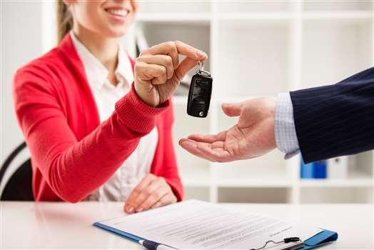 Leasing samochodu osobowego – kompendium wiedzy