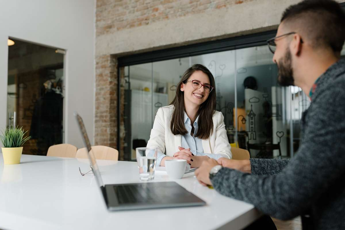 Urlop na poszukiwanie pracy – komu przysługuje i w jakim wymiarze?