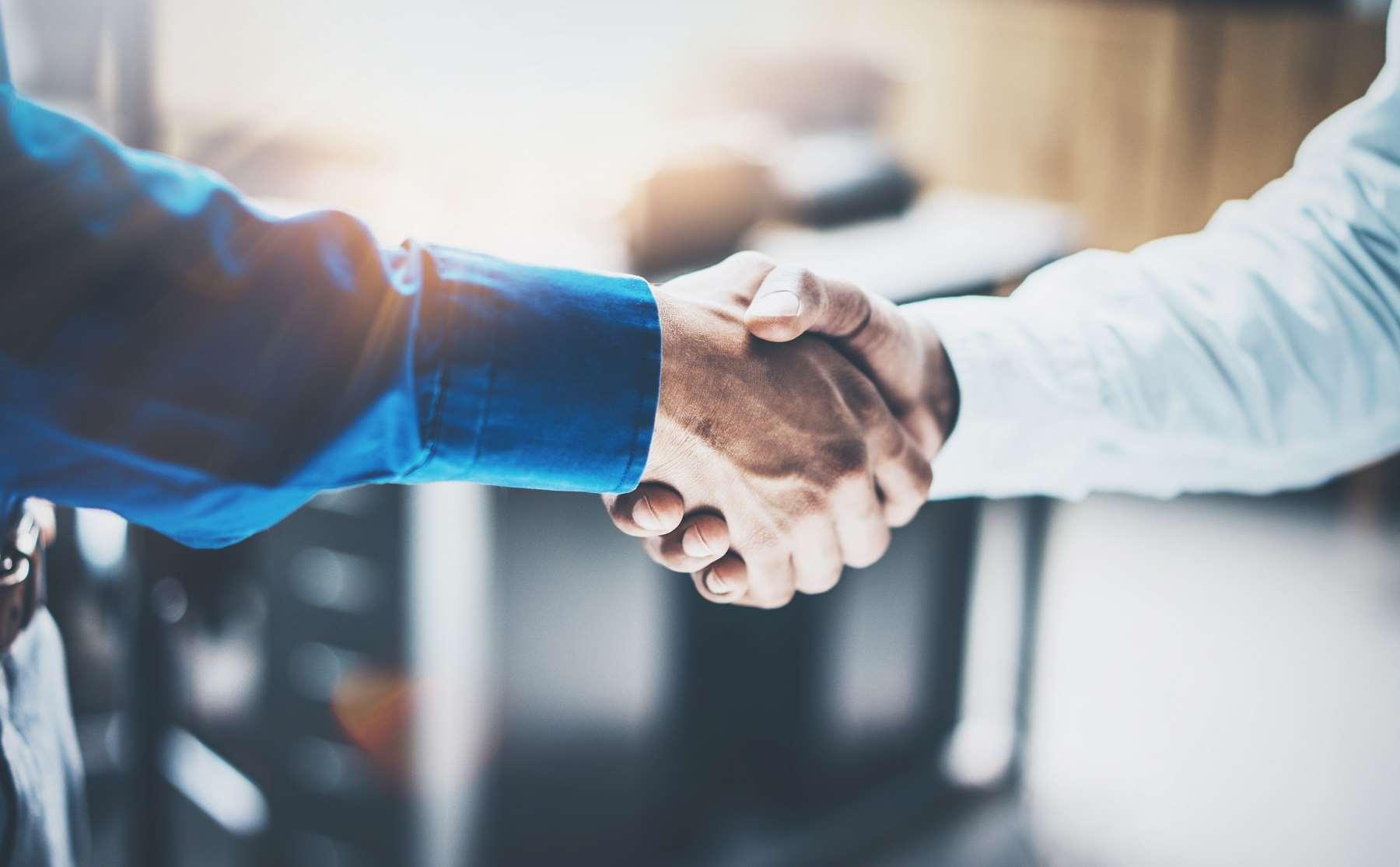 Umowa na okres próbny – kompendium wiedzy
