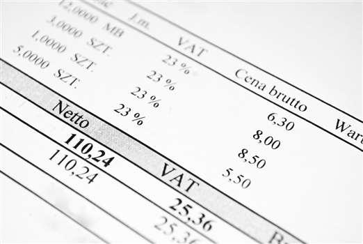 Faktura VAT i jej elementy – wzór z omówieniem