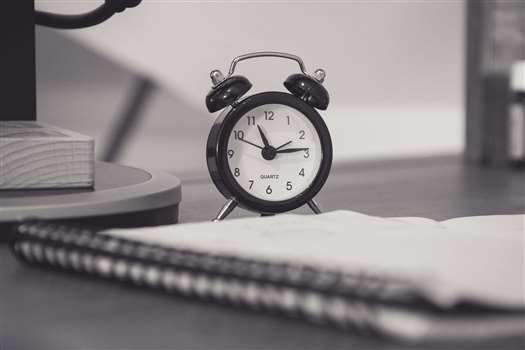 Organizacja pracy – jak efektywnie zarządzać czasem w pracy?