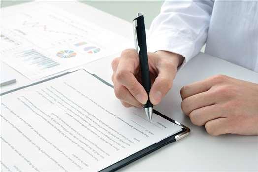 Umowa agencyjna – czym jest i kiedy warto ją stosować?