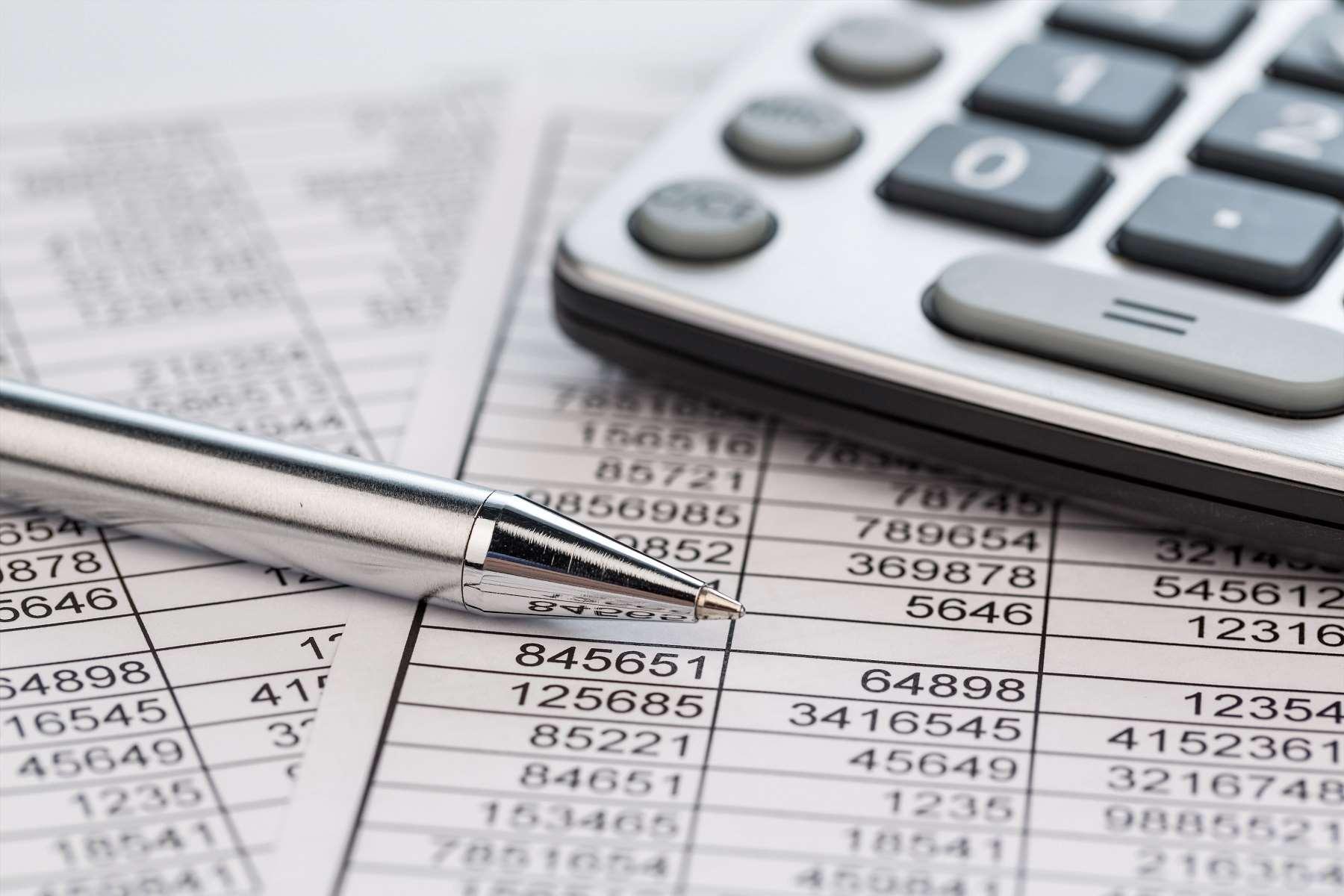 Czym jest kompensata zobowiązań i kiedy ma zastosowanie?