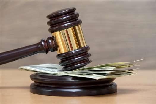 Czym jest wykroczenie skarbowe i co odróżnia je od przestępstwa skarbowego?