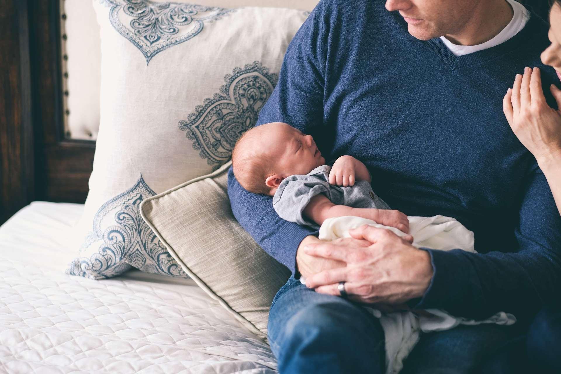 Wniosek o urlop ojcowski – wzór z omówieniem